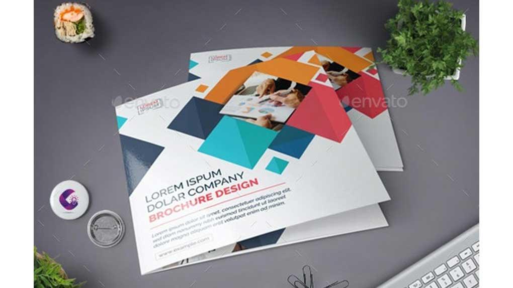 فایل لایه باز بروشور Square Tri-fold Brochure